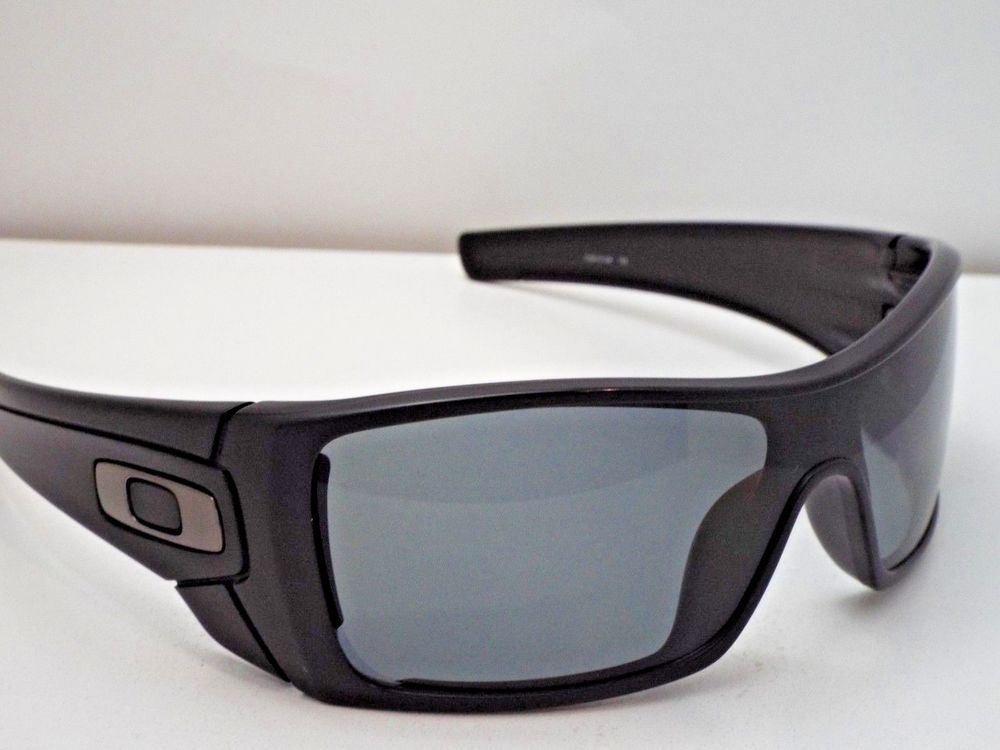 a3867a432a861 Authentic Oakley OO9101-04 Batwolf Matte Black Grey Polarized Sunglasses   220  fashion  clothing  shoes  accessories  unisexclothingshoesaccs ...