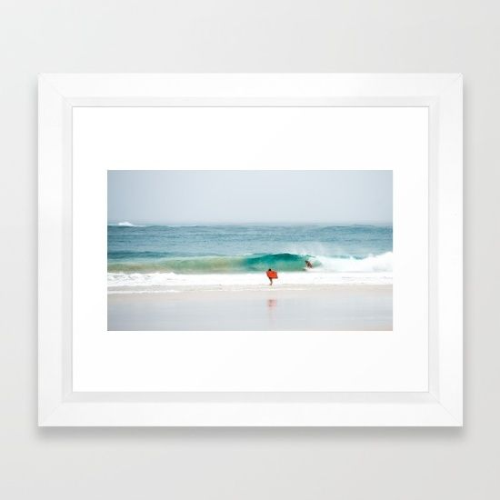 surf byron bay Framed Art Print