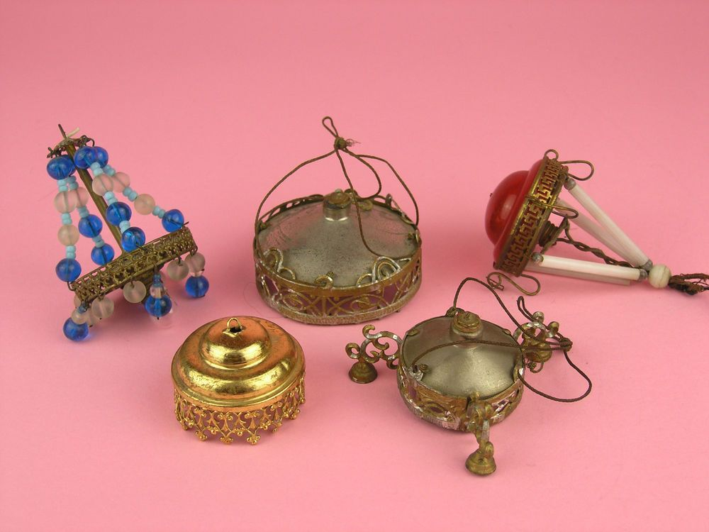 5 Uralte Lampen Für Die Antike Puppenstube Oder Das