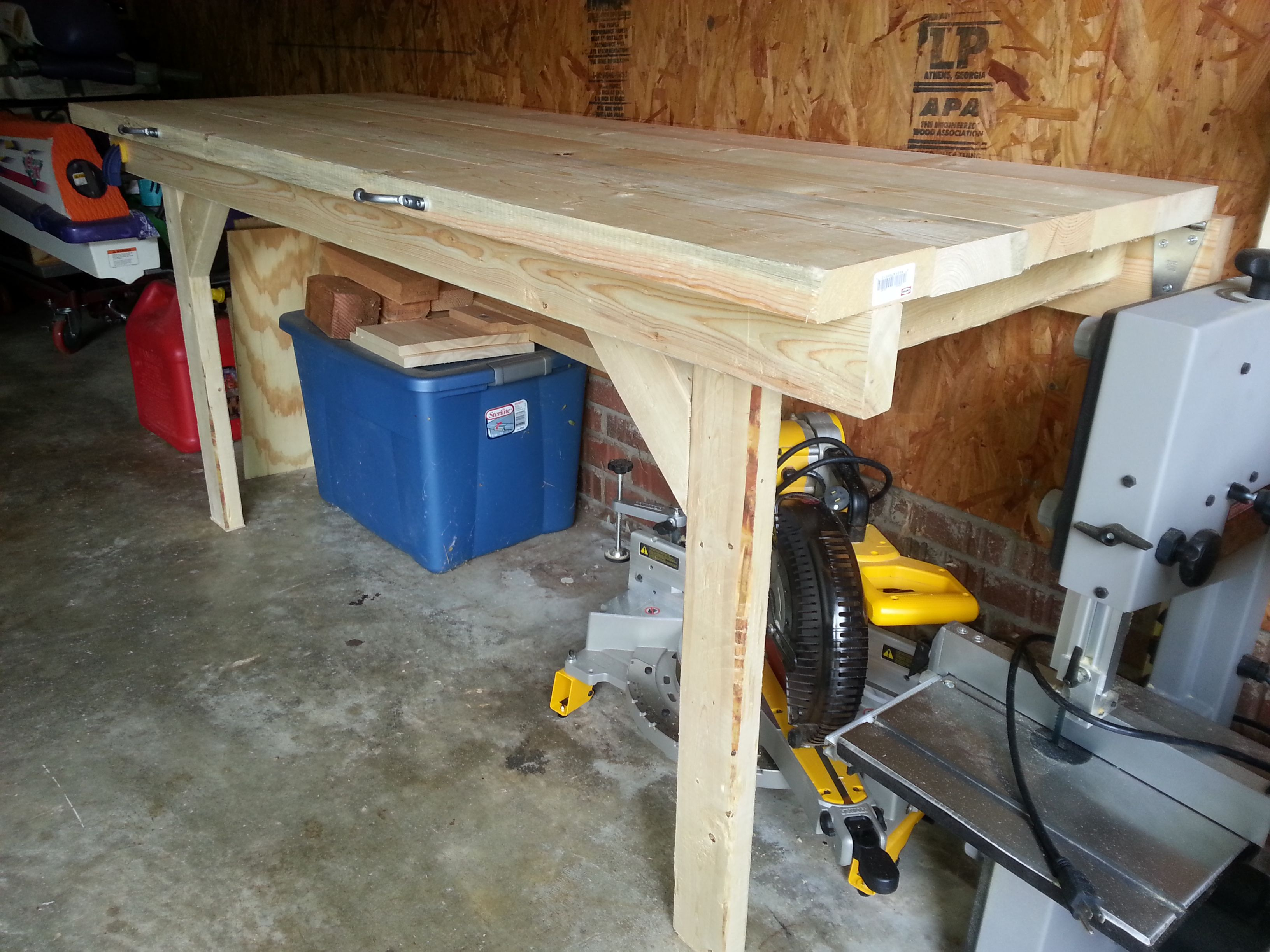 Folding garage workbench do it yourself home projects from ana folding garage workbench do it yourself home projects from ana white solutioingenieria Image collections
