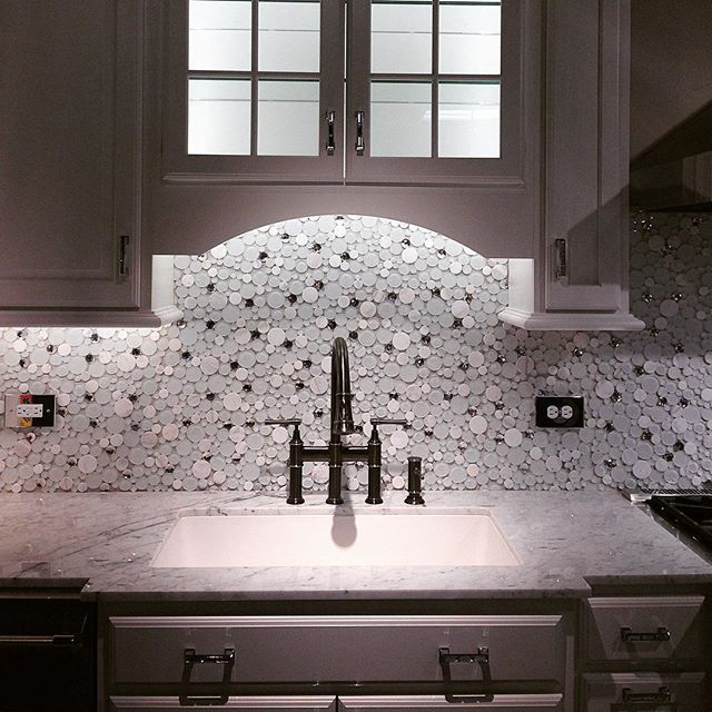 Fresh Kitchen Backsplash Tile full size of kitchen fascinating mother of pearl mosaic tile kitchen backsplash white wall mounted Set The Tone In The Kitchen With A Light And Fresh Look Featuring Glazzio Bubble Backsplash