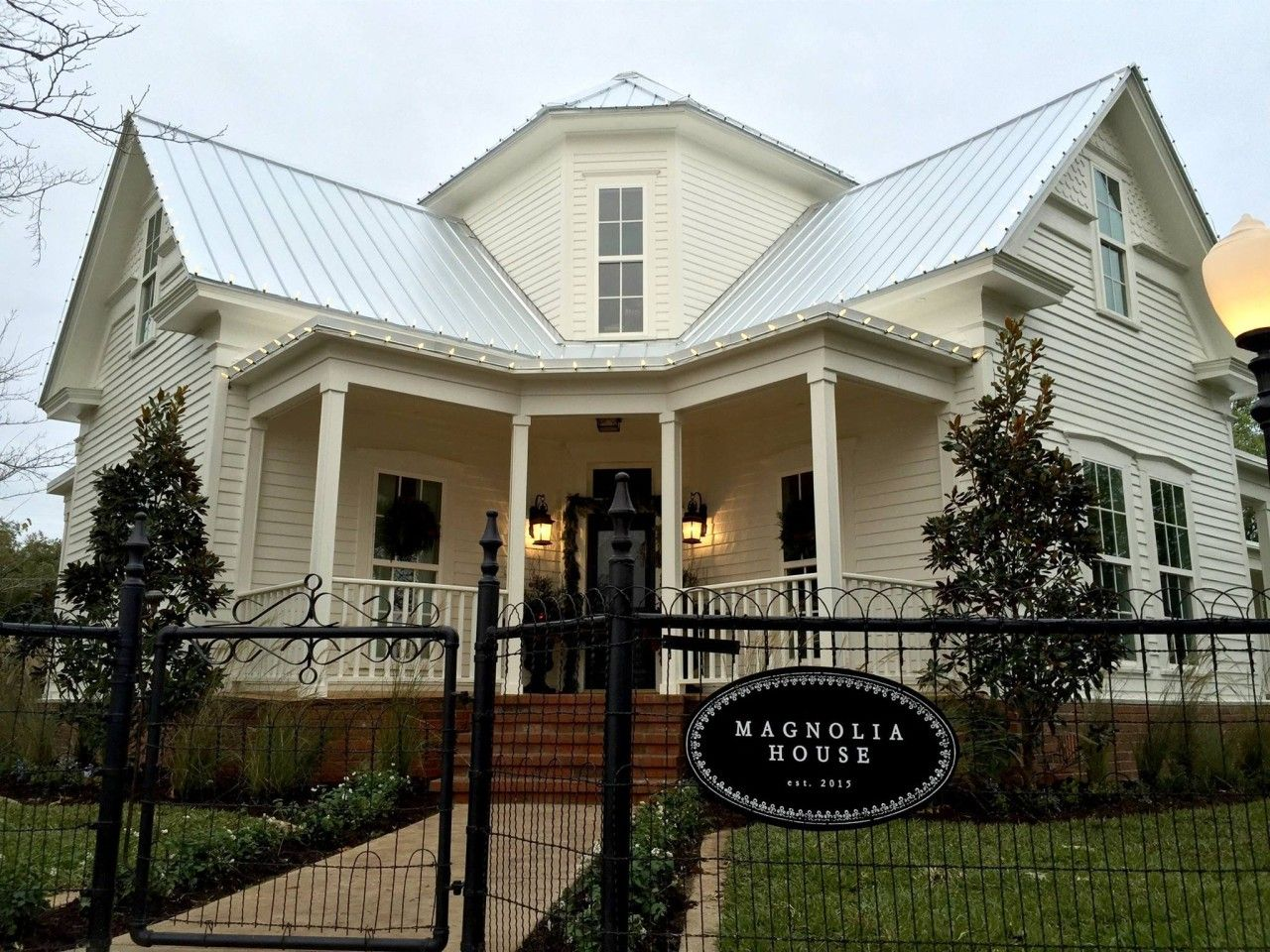 magnolia house 323 s madison ave mcgregor tx 76657