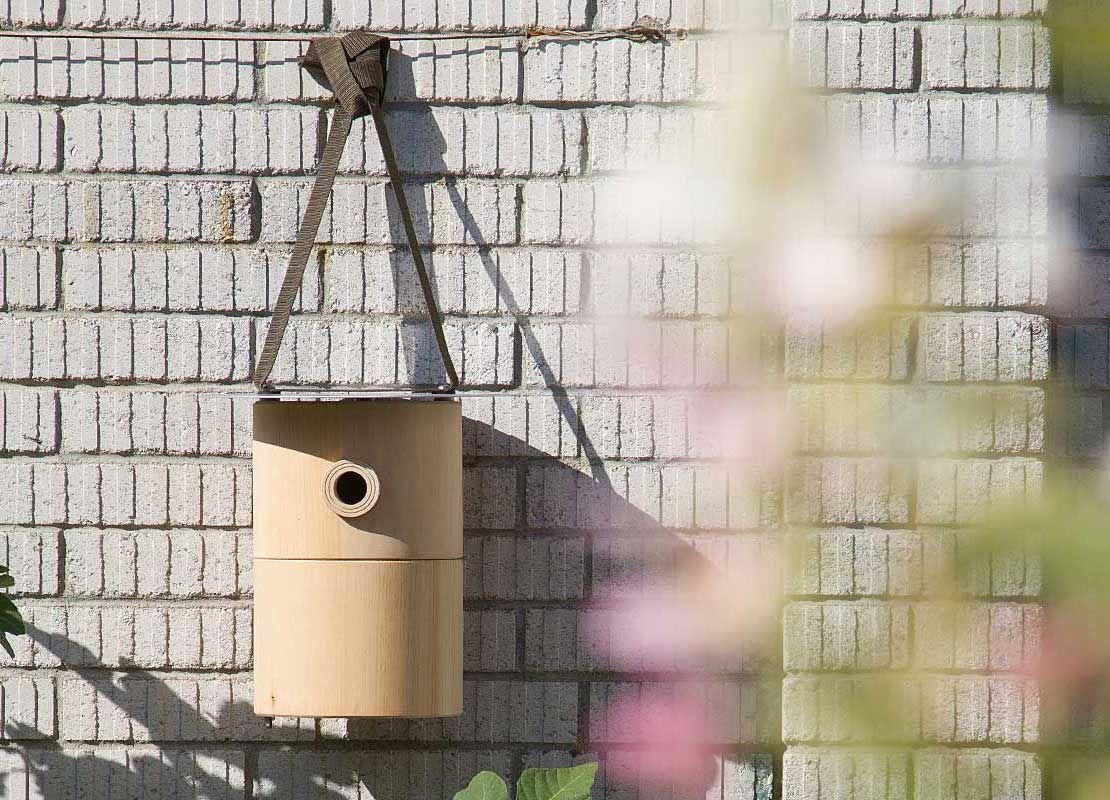 Nistkasten Staudenschmuck Ch Gartenvogel Nisthilfe Naturhohle Vogelhaus Vogelschutz Vogel Im Garten Nistkasten Kasten Vogel Im Garten
