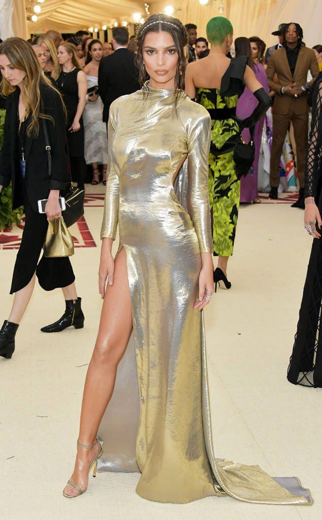 Emily Ratajkowski: 2018 Met Gala Red Carpet Fashion | Met ...