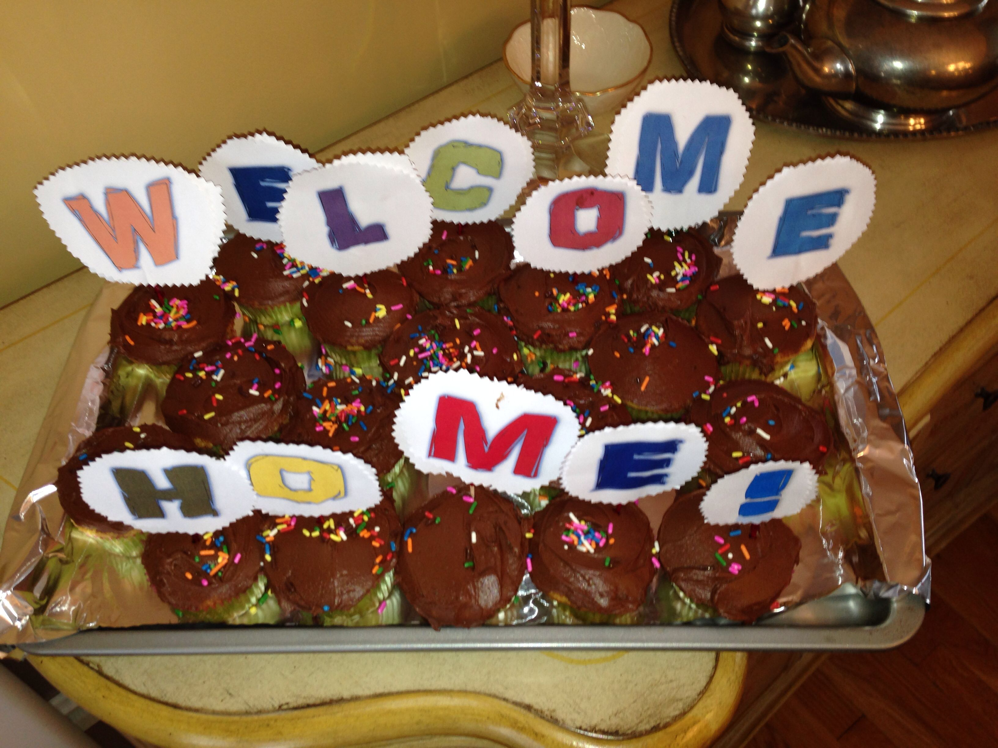 doubled sided letters on cupcakes for a welcome home party | Welcome ...
