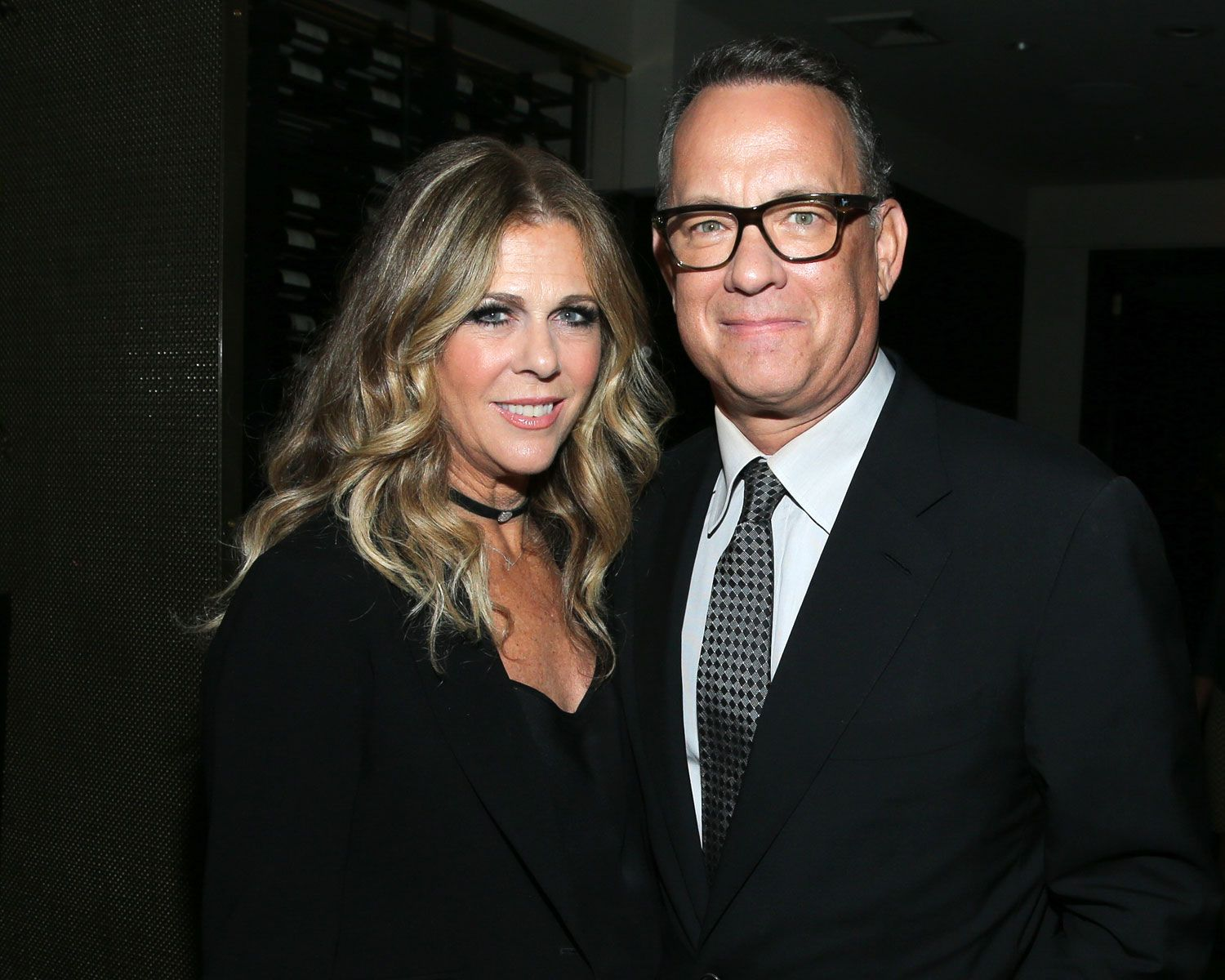 Rita wilson posts adorable wedding anniversary note for tom hanks