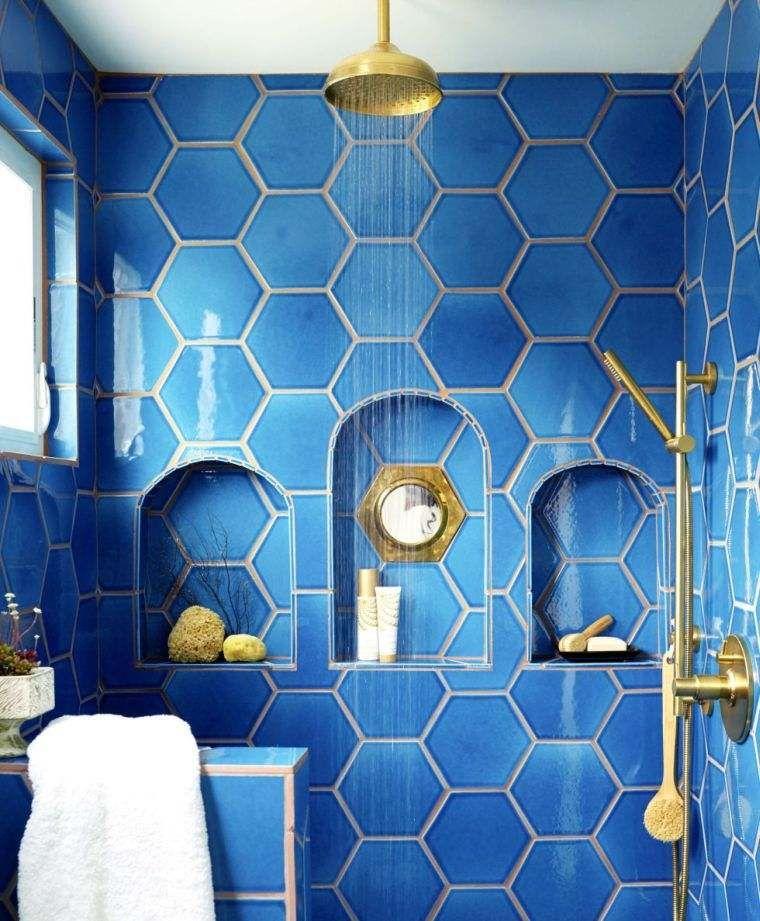 Le carrelage hexagonal de salle de bain, c\u0027est tendance !
