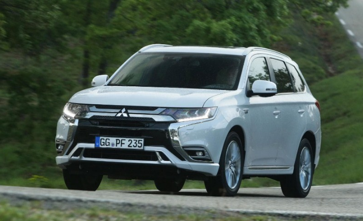 2020 Mitsubishi Outlander Release Date With The Capability To Welcome Up To Several Travelers Outlander Phev Mitsubishi Outlander Mitsubishi Outlander Sport