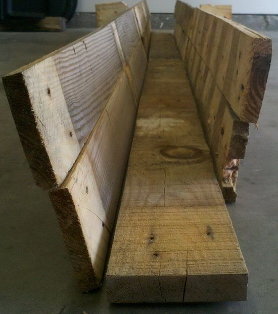 How To Make A Diy Deck Rail Garden Planter From A Pallet 640 x 480