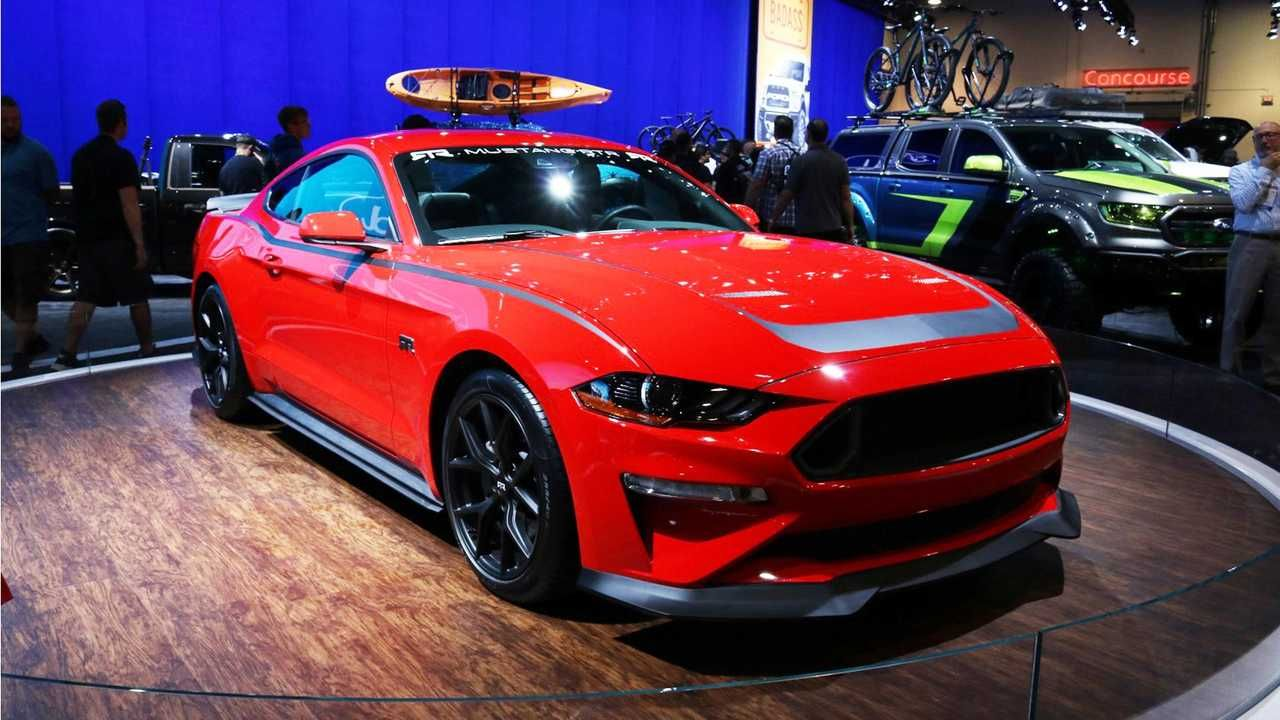 Quintet Of Custom Ford Mustangs Head To Sema Update Ford Mustang Pony Car Mustang