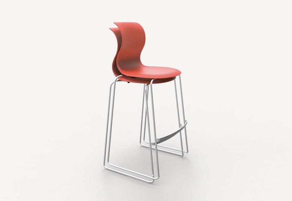 Bar sgabelli tavoli e sedie