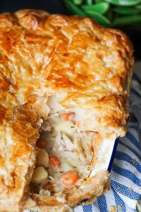 Creamy Chicken pot pie with puff pastry and vegetables - comfort food bliss! #ComfortFood #Pie #chickenpie #potpie #chickenpotpie #puffpastry #puffpastrypie #recipeforpuffpastry