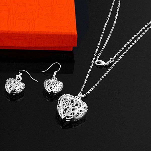 Luxurious HoSwallow Stereo Love Star Two Pieces  925 Silver Jewelry Sets (necklaces Earrings)