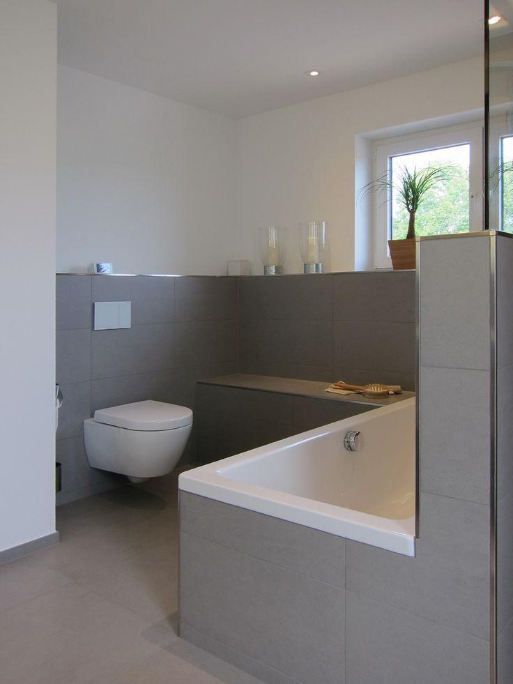 Photo of Das WC im Familienbad Halbhoch gefliest