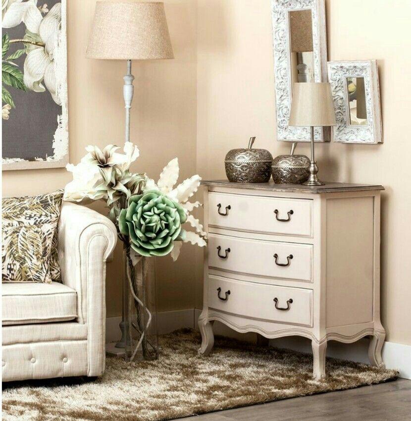 ⭐Cómoda de estilo romántico⭐  de venta en nuestra tienda online,  haz clic en el siguiente link  para comprar : http://www.mueblesvintage.tienda/shop/dormitorio/comodas/comoda-romantica/