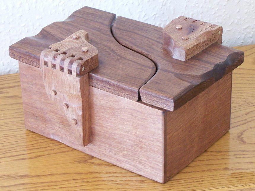 Pin by Emily Davis on DIY and Craft Ideas | Wooden box ...