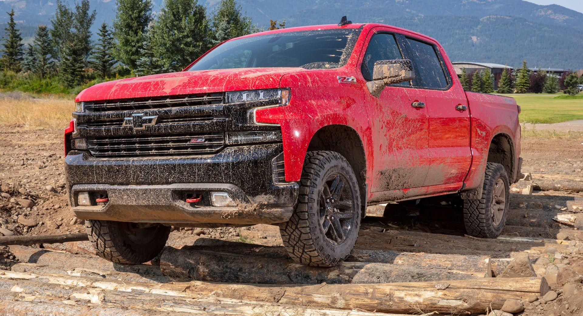Gm Recalls More Than 900 000 Vehicles Worldwide Over Software And Fire Risk Issues Chevrolet Silverado Silverado Chevy Silverado