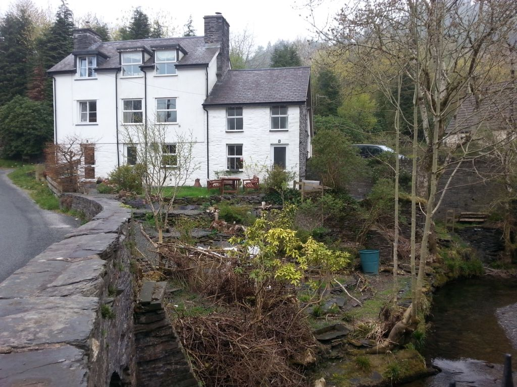 Cosy Romantic Getaway in Wales Holiday cottage, Pet