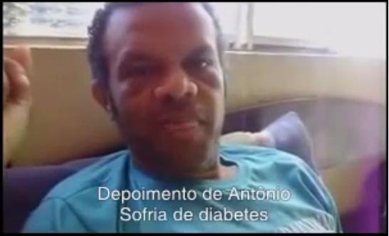 Impressionante video sobre o Sr Antonio que iria ter seu pé amputado por causa do diabetes e foi curado pela água tratada pelo Sylocimol. Contém cenas fortes!!! https://www.youtube.com/watch?v=Z6sd12Q2MdE