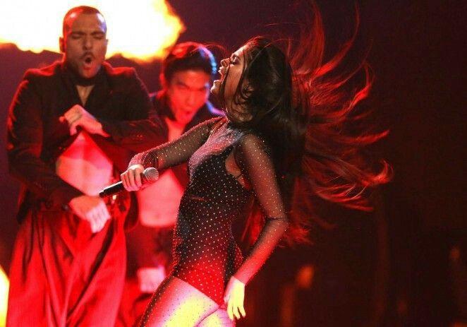 Selena. You rock girl