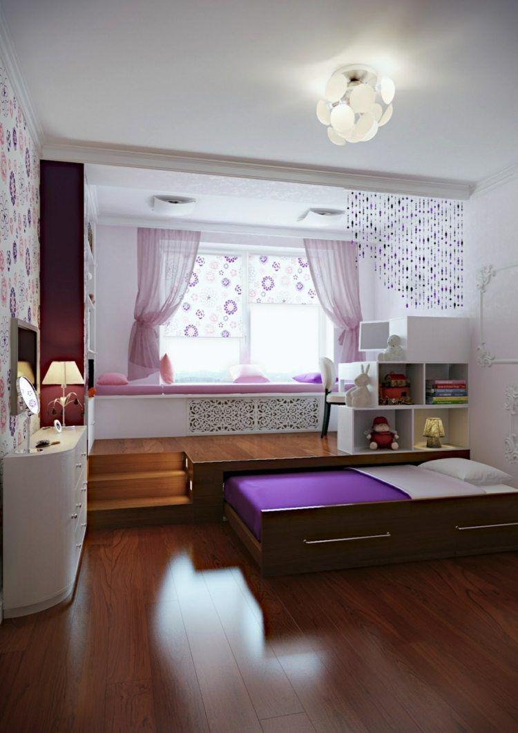 Ein Kinderzimmer mit Podest, das ein Rollbett versteckt ...