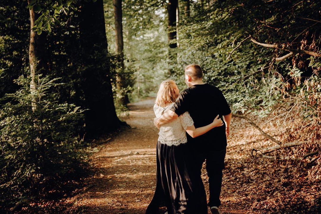 Hochzeits Familien Parchen On Instagram Bald Ist Es Soweit Ich Darf Die Hochzeit Der Beiden Begleiten Darauf Freue Ich Mic In 2020 Couple Photos Scenes Photo