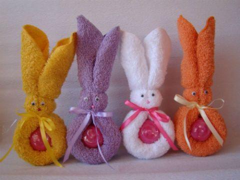 Conejo con toalla para baby shower