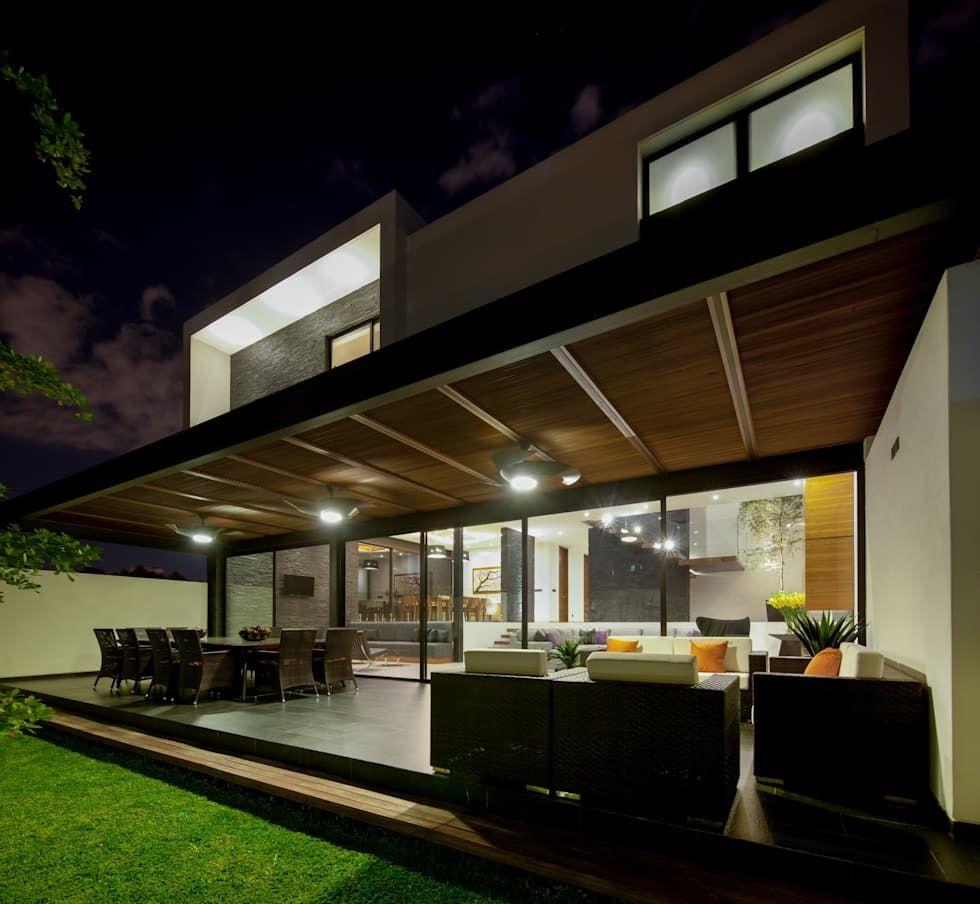 Casa Gm Balcones Y Terrazas Modernos De Glr Arquitectos Moderno Homify Diseno De Terraza Casas Terraza Moderna