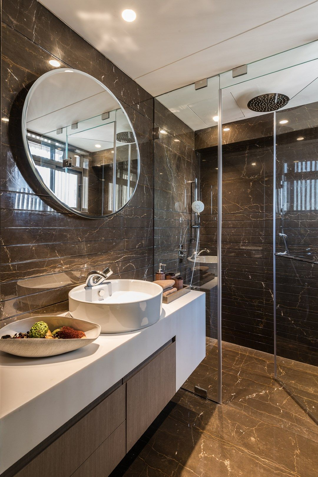 Simple Yet Luxurious Home Interiors Adda Architects The Architects Diary Luxurytoiletaccessories Bathroom Design Inspiration Modern Bathroom Design Luxury Toilet