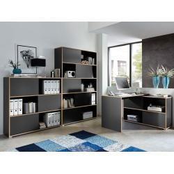 Photo of Skrivebord med lagringsplass