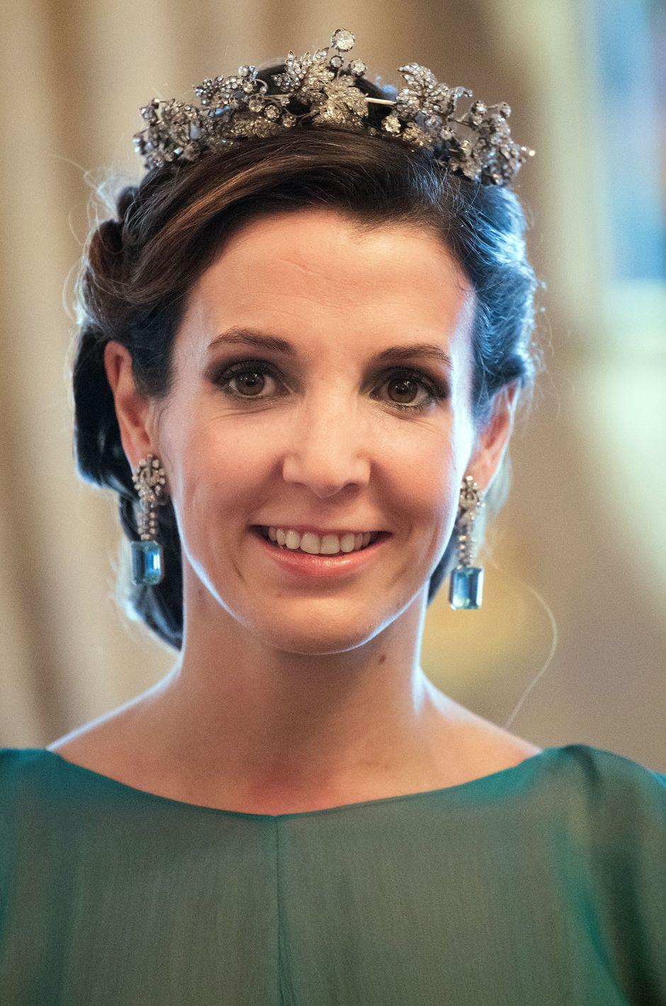 Happy Birthday Princess Tessy Of Luxembourg Royal Jewelry Royal Tiaras Royal Jewels