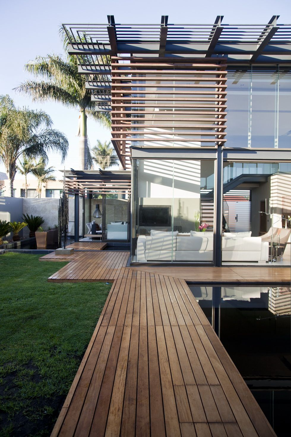 Architecture Modern Architecture Facade House: Nico Van Der Meulen Architects #Design #Contemporary #Design