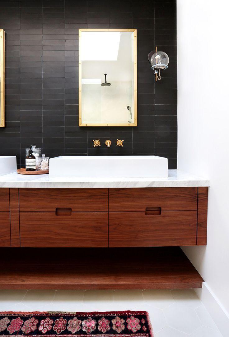 Badezimmer-eitelkeiten mit spiegeln home tour a hip coupleus fresh california bungalow  i bath