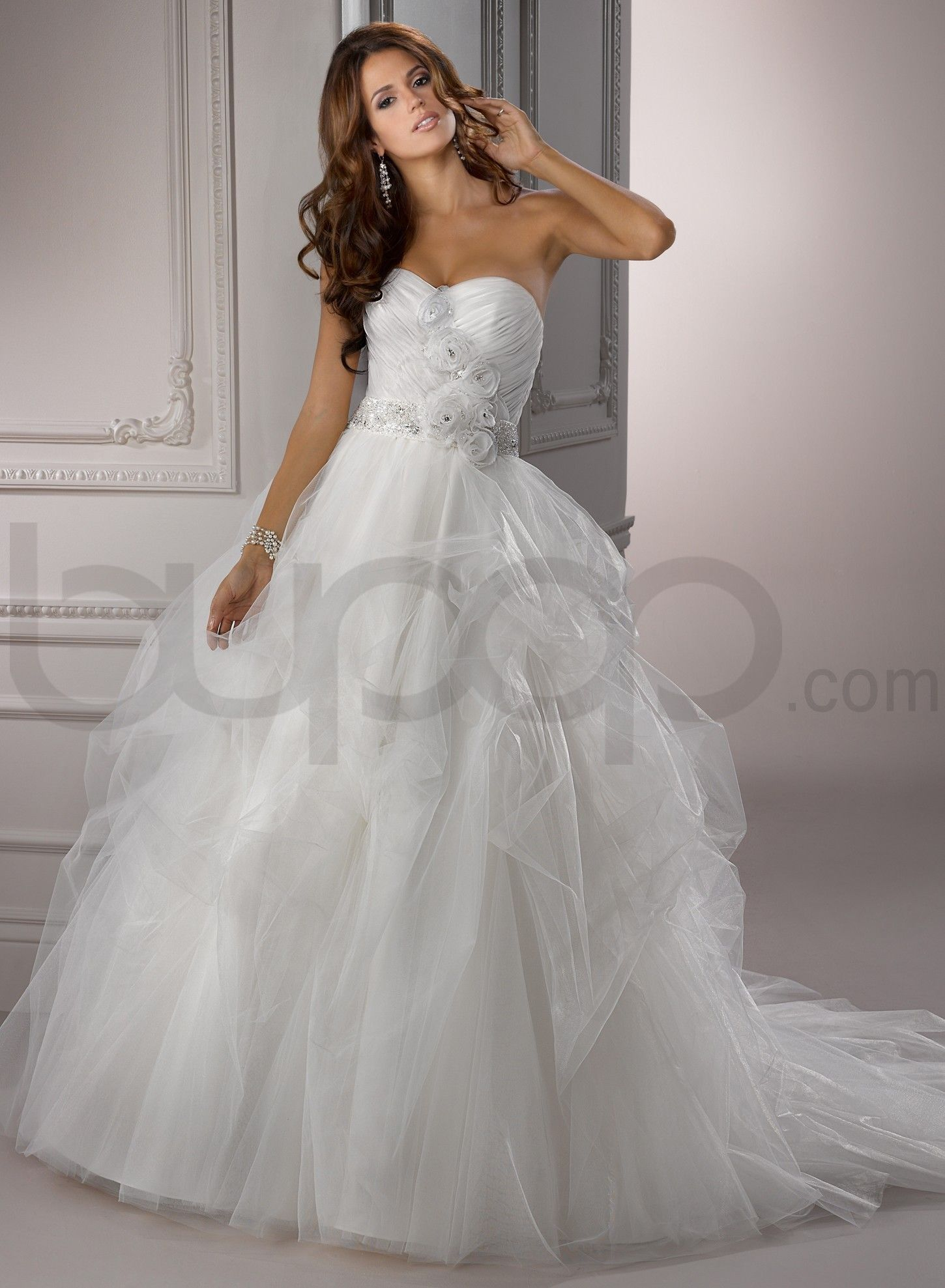 Wedding dresses ball gown sweetheart  Chic Organza Sweetheart Neckline Ball Gown Wedding Dress  Wedding