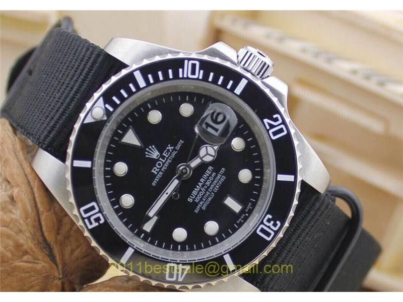 Rolex Submariner Replica Watch Black Dial White Dots Hands