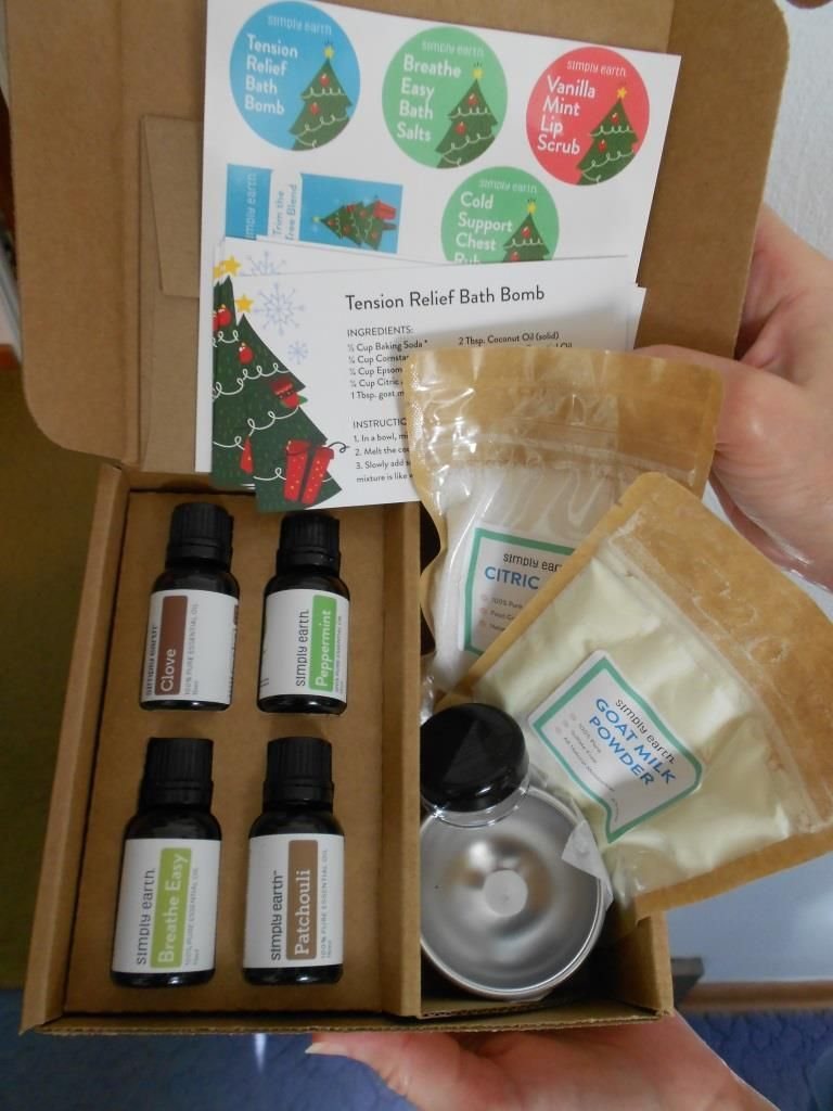 Simply Earth Essential Oils Recipe December 2018 Box Bonus Box For
