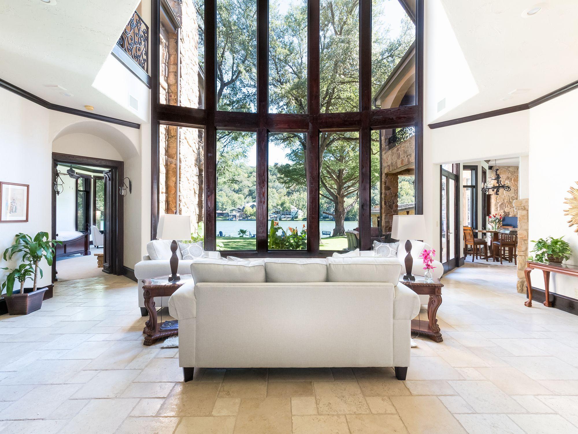 Mahogany Enriched Living Area - 2803 Pearce Road  Lake