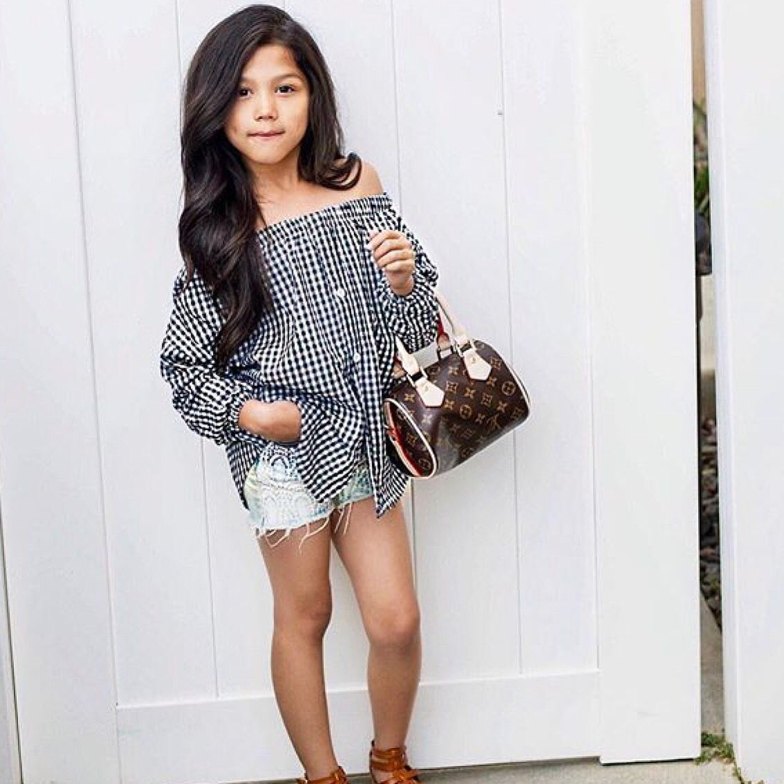 Txunamy and Louis Vuitton | Little girl fashion, Cute girl ...