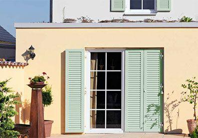 Klappladen Schiebeladen Fensterladen Stuttgart Elektrische Klappladen Aus Holz Aluminium Kunststoff Ehret Schiebeladen Haus Fensterladen Haus Aussenfarben