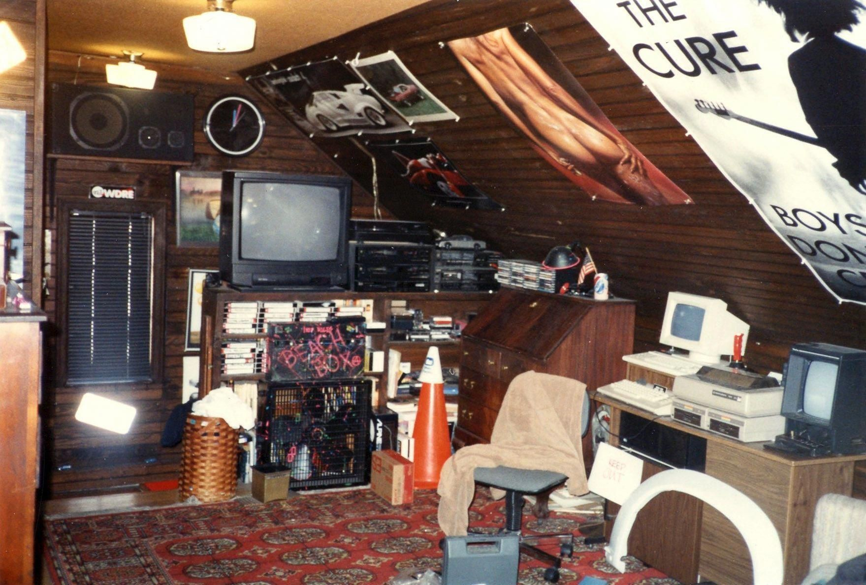 Image Result For 80s Nerd Room Aesthetic Retro Room Nerd Room Aesthetic Rooms