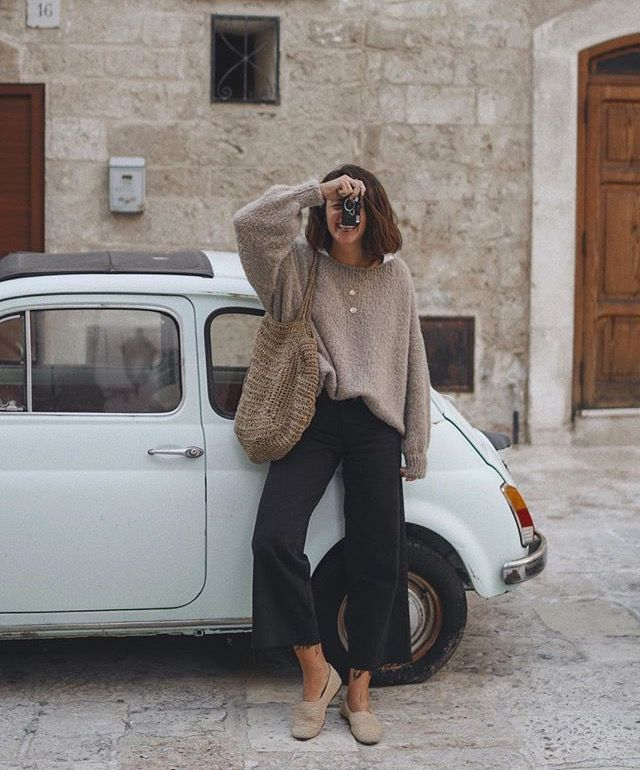 fall outfit inspiration | minimal autumn outfits | winter style inspo
