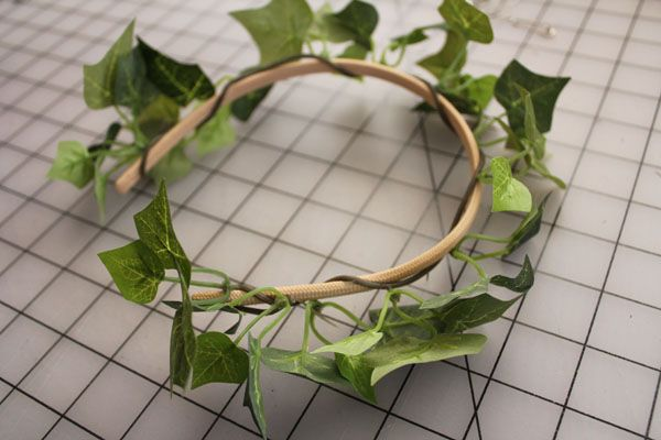wrap ivy on headband #togacostume