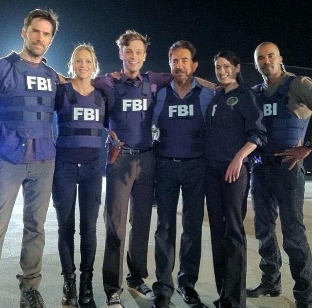 Criminal Minds Crew Hotch Jj Reid Rossi Prentiss And
