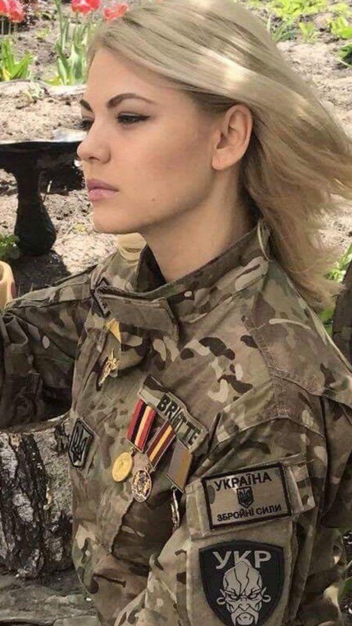 Pin by Glenn Faubion on Pretty woman | Military women ...