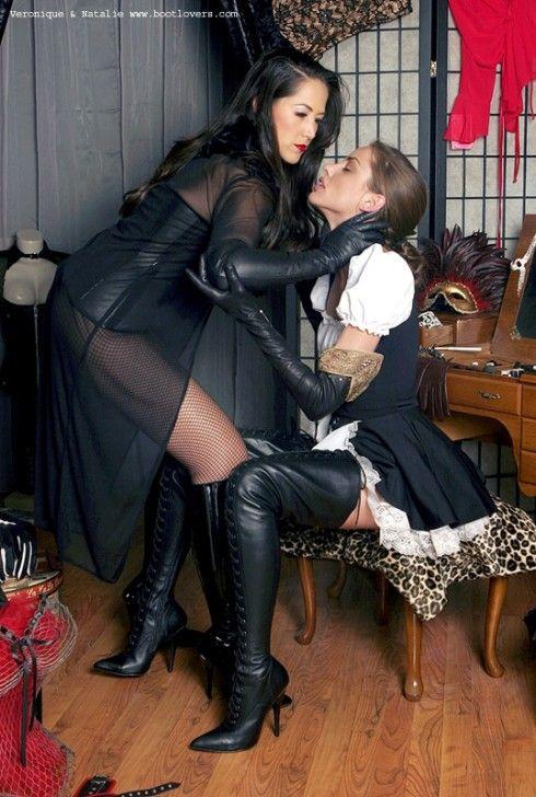 boots high Lesbian thigh