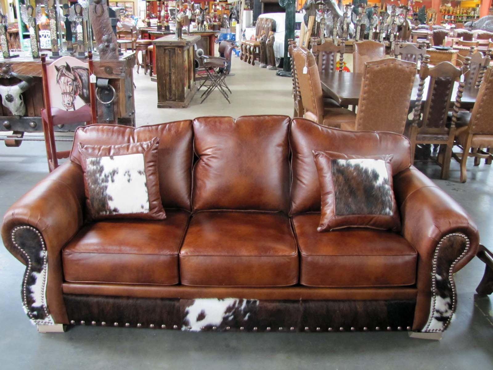 Our Kobe Spice sofa es in a rich medium brown amber leather