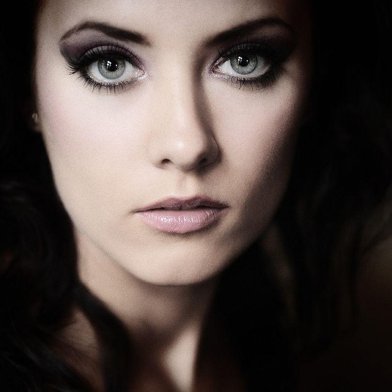 Grey Eyes Woman Brunette Desaturation Low Key Gray Eyes