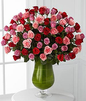 This Luxury Vase Features 72 Long Stem Roses Of Red Pink And Lavender Designed In A 16 Inch Clear Pedestal Va Flower Delivery Flowers Delivered Luxury Flowers