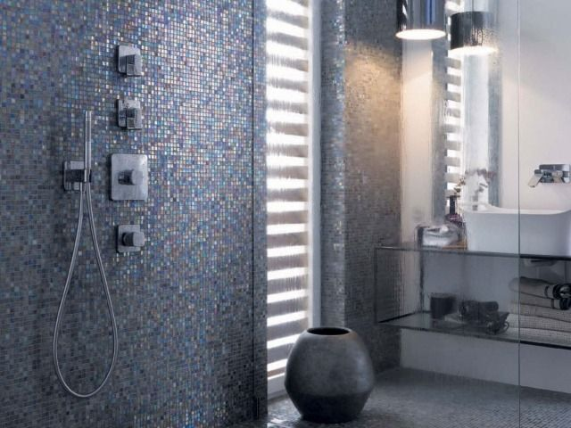 Badezimmer Mosaikfliesen Grau Perlmutt Glanz Dusche Bad