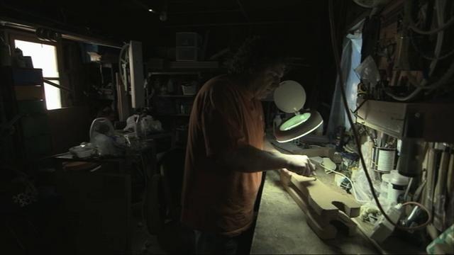 [video] Izhar cardboard bike project by Giora Kariv. Film-maker & producer: Giora Kariv. Photography: Uri Ackerman